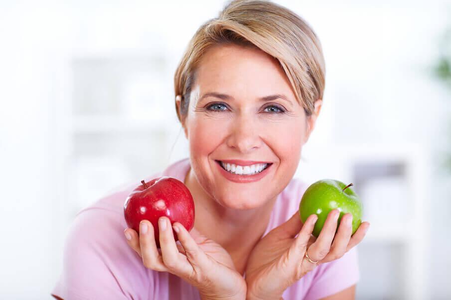 vitamine-co-vitamine-fuer-frauen-ab-50-was-aendert-sich