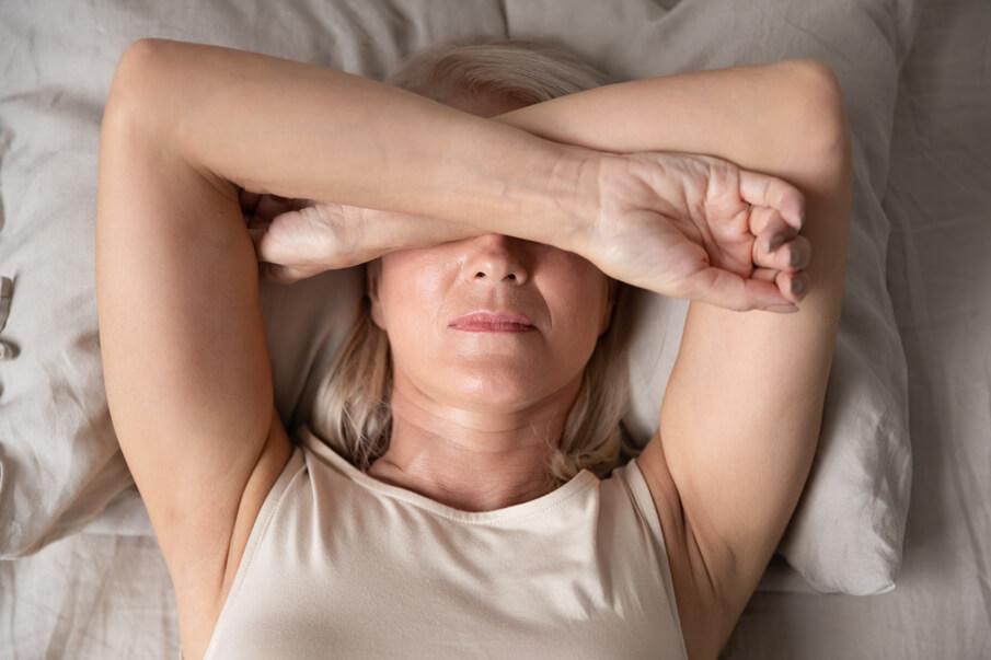 frauengesundheit-wechseljahre-depression-natuerliche-unterstuetzung