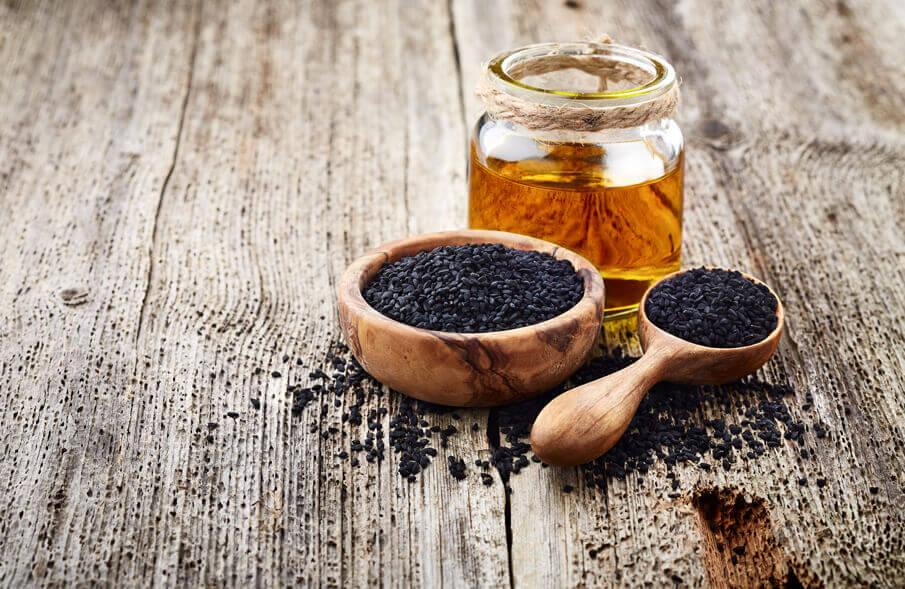 gesundheit-wohlbefinden-schwarzkuemmeloel-das-wundermittel-aus-der-antike